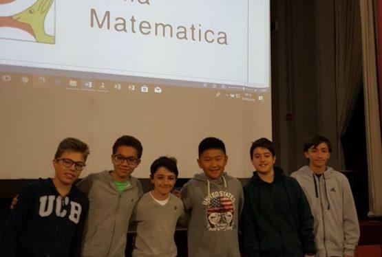 Lo scorso 15 marzo 30 ragazzi della nostra Scuola Secondaria di 1° grado hanno partecipato alla prima fase dei Giochi della Matematica Kangourou. Di questi, 24 sono di prima e seconda media e 6 di terza media. Lunedì 23 aprile in teatro sono stati premiati i 6 ragazzi che si sono qualificati alle semifinali che […]